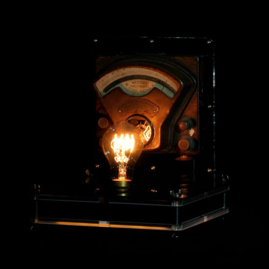 Authentic vintage table lamp high voltage made by Light My Vintage will give to your dining room a classy and modern look