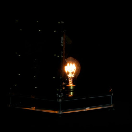 Authentic vintage table lamp high voltage presented for sale by Light My Vintage is the perfect way to add spark to your room