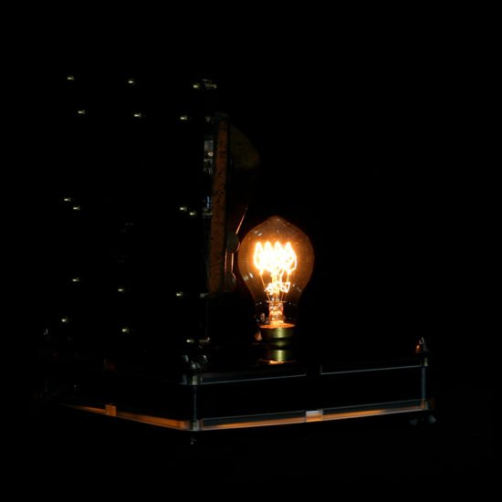 Authentic vintage table lamp high voltage made by Light My Vintage adds a elegant piece of table lamp to elevate the look and feel of your home