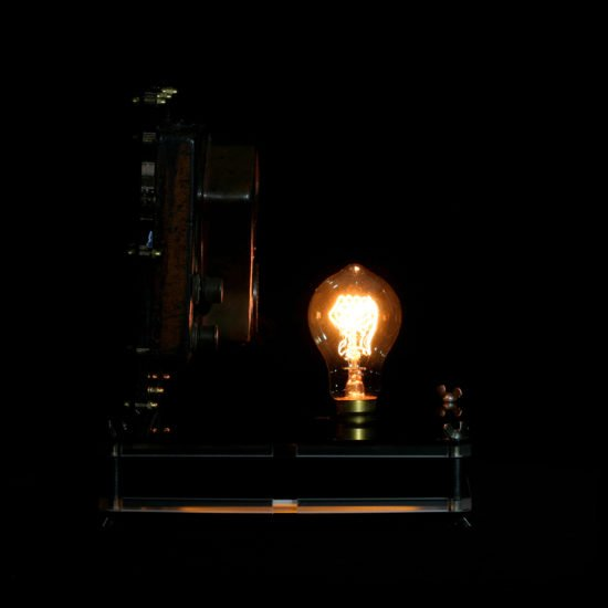 Authentic vintage table lamp high voltage exposed by Light My Vintage choose this desk lamp with its history
