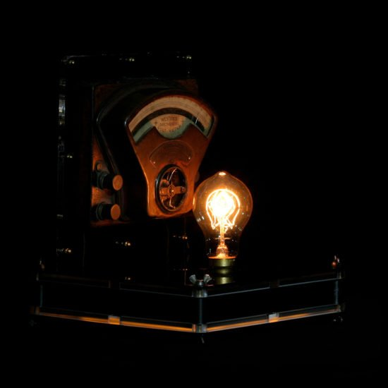 Authentic vintage table lamp high voltage revealed by Light My Vintage is reminiscent of atmosphere of old electric workshops