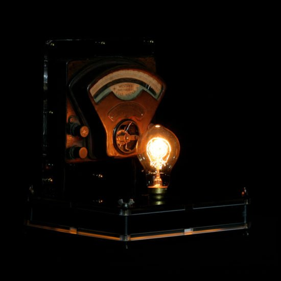 Authentic vintage table lamp high voltage offered for sale by Light My Vintage will attract with its retro style charm